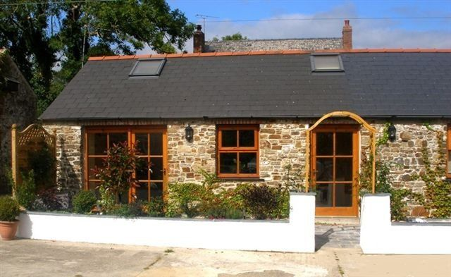 Thumbnail Barn conversion to rent in Wren Cottage, Lower Freystrop, Haverfordwest.