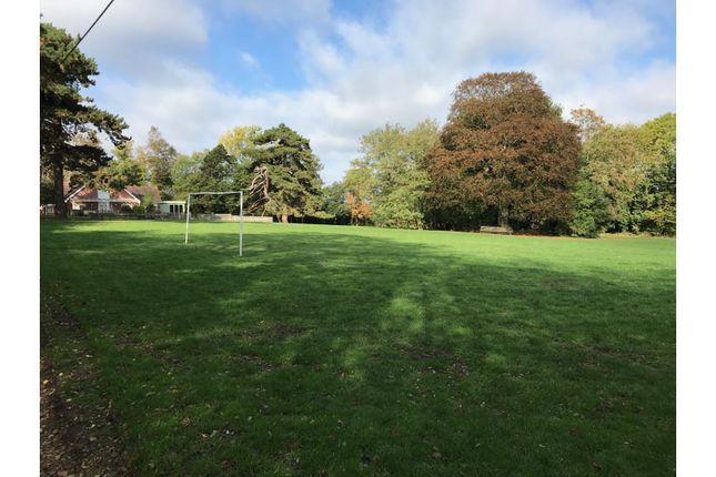 Surrounding Area of Hogs Orchard, Swanley Village BR8