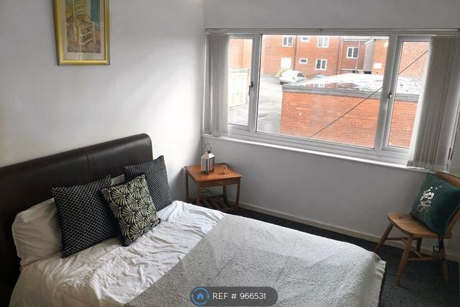 Room to rent in Queen Street, Balby, Doncaster DN4