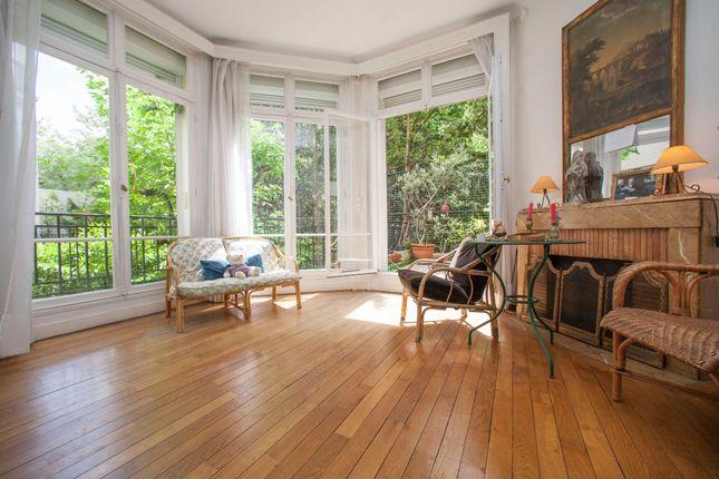 4 bed apartment for sale in Paris 16th Arrondissement, Paris, France