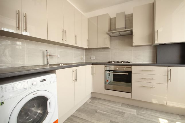 Thumbnail Flat to rent in Western Avenue, Acton