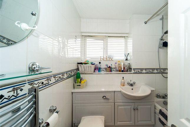 Bathroom of Highworth Way, Tilehurst, Reading RG31