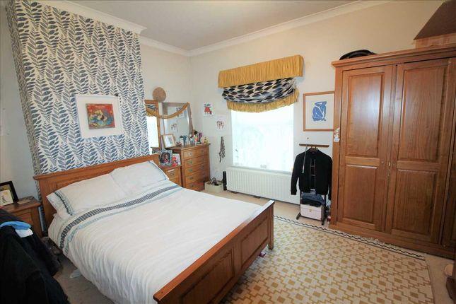 "Bedroom One 14'10"" Max x 11'4"""
