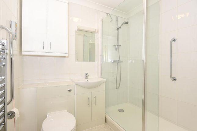 Bathroom of Boars Hill, Oxford OX1