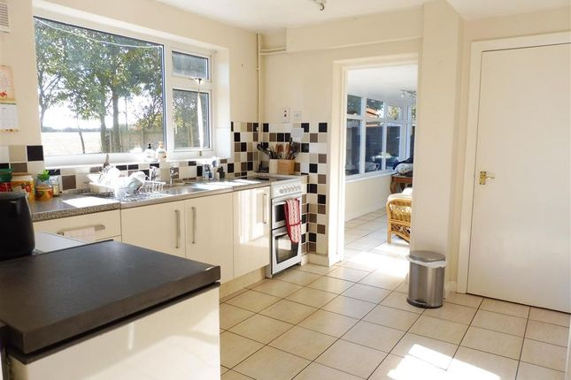 Thumbnail Property to rent in Swallow Hill, Thurlby, Bourne
