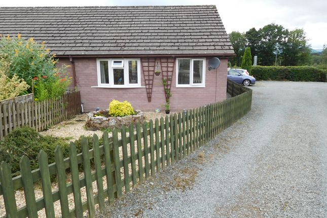 Thumbnail Bungalow for sale in Goylands Close Howey, Llandrindod Wells