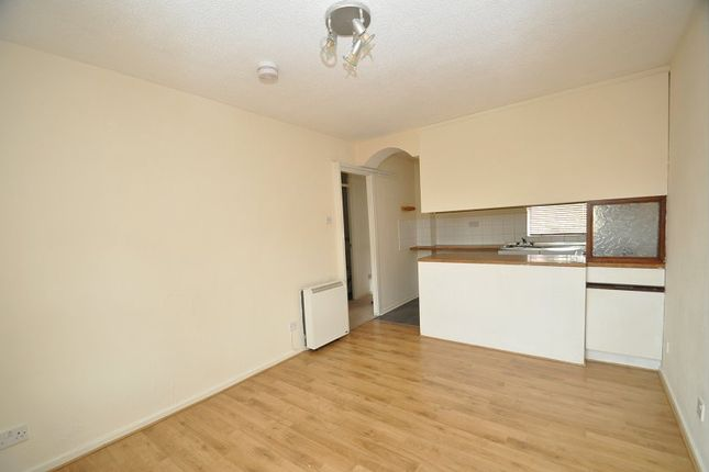 Thumbnail Flat to rent in Maryfield Walk, Penkhull, Stoke On Trent, Staffordshire