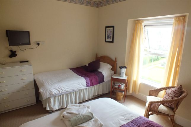 Picture No. 42 of Clement Dale Guest House, Southcliff Gardens, Tenby, Pembrokeshire SA70