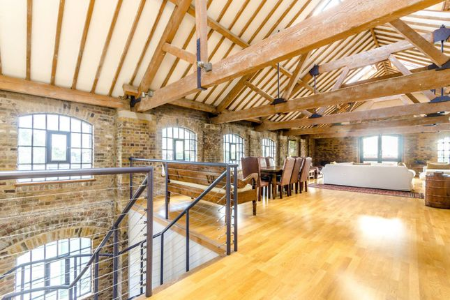 Thumbnail Flat to rent in Execution Dock, Wapping