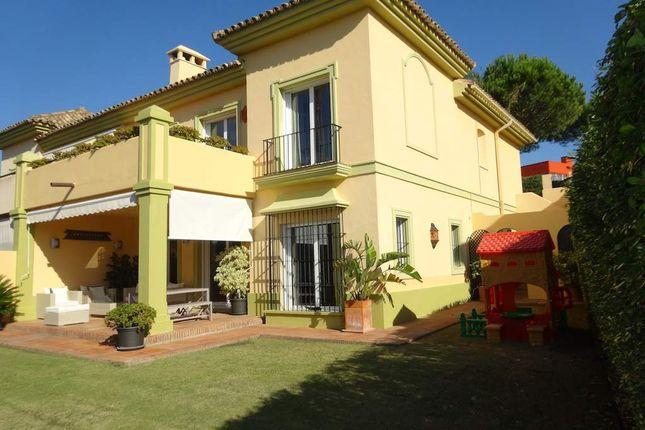 Villa for sale in Calle Del Duero, 28292 El Escorial, Madrid, Spain