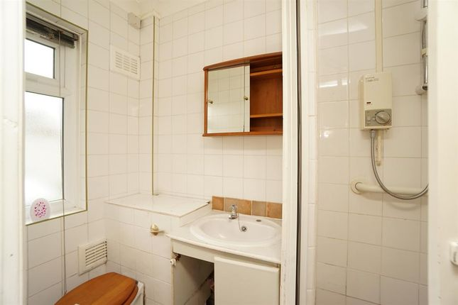 Shower Room of Carfield Avenue, Meersbrook, Sheffield S8