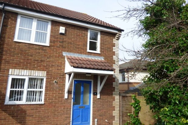 Thumbnail Semi-detached house to rent in Trinity Road, Taunton