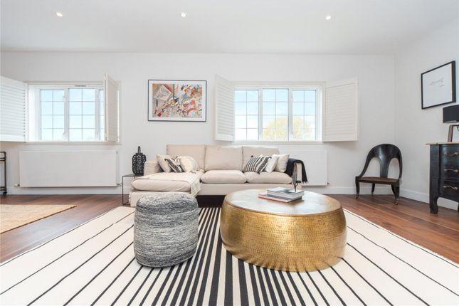 3 bed flat for sale in Woodstock Grove, Shepherds Bush, London