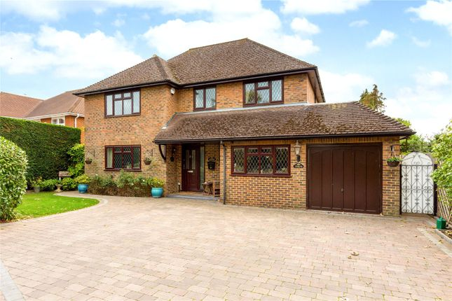 Thumbnail Detached house for sale in Bowmans Close, Burnham