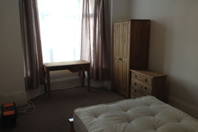 Room to rent in Northcote Road, Southsea