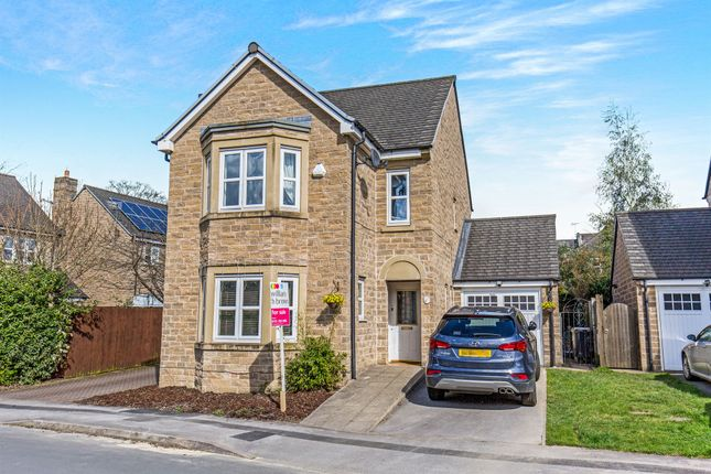 Thumbnail Detached house for sale in Pennythorne Drive, Yeadon, Leeds