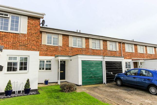 Thumbnail Terraced house to rent in Richmond Road, London