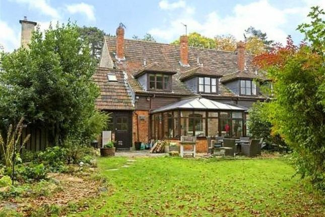 4 bed cottage for sale in Haresfield Court, Haresfield, Stonehouse
