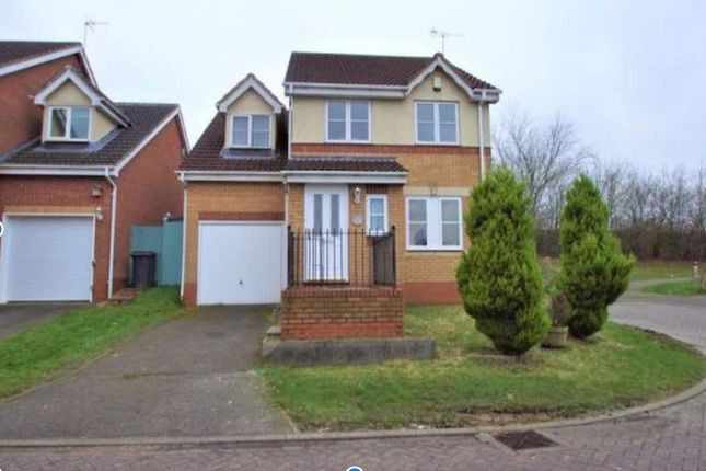 Thumbnail Detached house to rent in Braids Close, Rugby