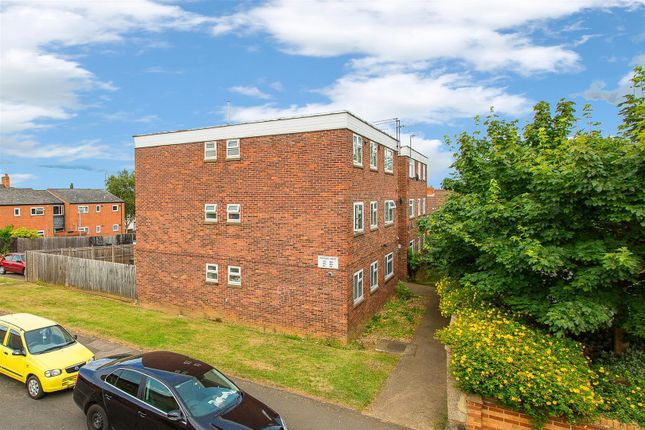 2 bed flat for sale in Thorngate Street, Kettering NN16