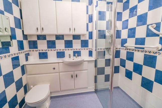 Bathroom of Homevale House, Folkestone CT20