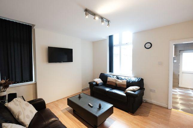 Thumbnail Shared accommodation to rent in Eldon Street, Preston