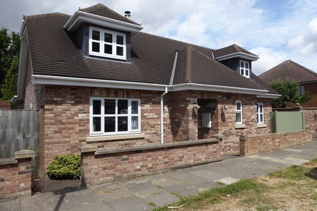 Thumbnail Detached house for sale in Halfmoon Lane, Dunstable