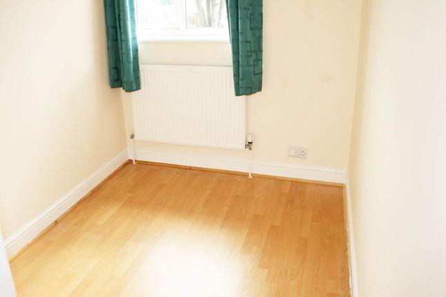 Bedroom 3 of More Avenue, Aylesbury, Buckinghamshire HP21