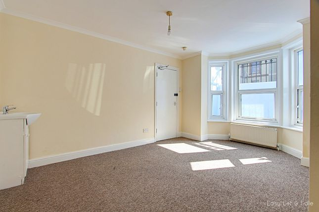 Thumbnail Room to rent in Devonshire Road, Hastings