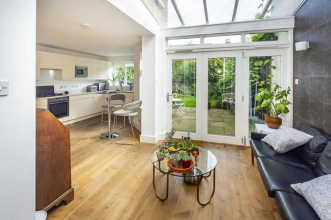 Thumbnail Terraced house to rent in Amerland Road, London