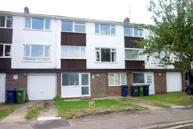 Thumbnail Property to rent in Lingholme Close, Cambridge