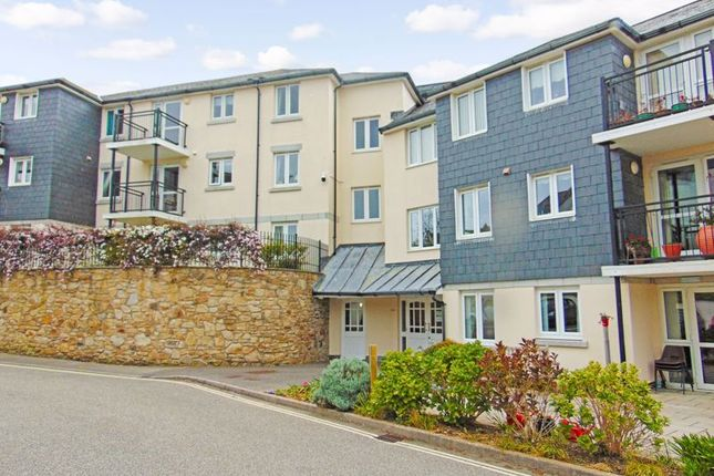 Thumbnail Flat for sale in Carn Brea Court, Camborne