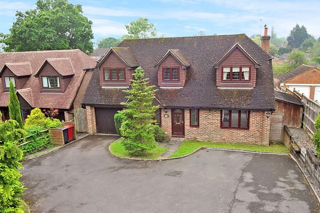 Thumbnail Detached house to rent in Spy Lane, Loxwood, Billingshurst