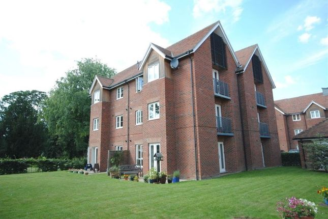 Thumbnail Detached house to rent in Chantry Court, Stebbing Road, Felsted