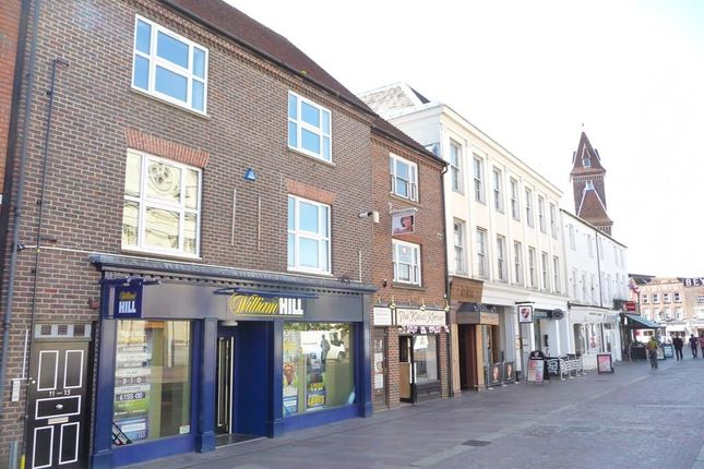 Thumbnail Flat to rent in Market Place, Newbury