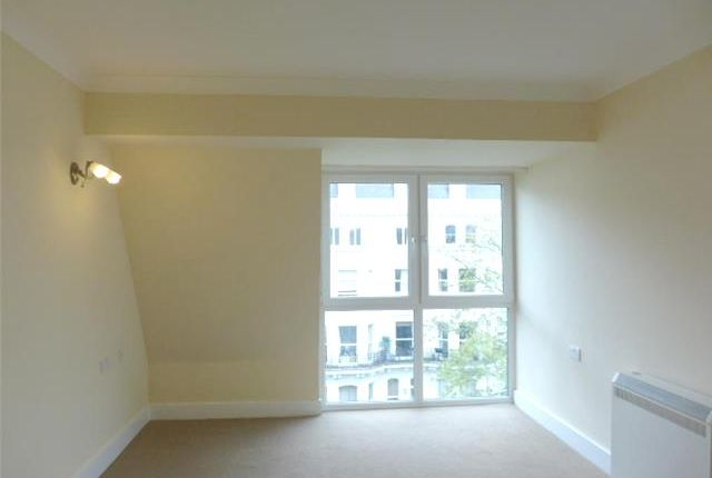 Thumbnail Flat to rent in Homepine House, Sandgate Road, Folkestone, Kent