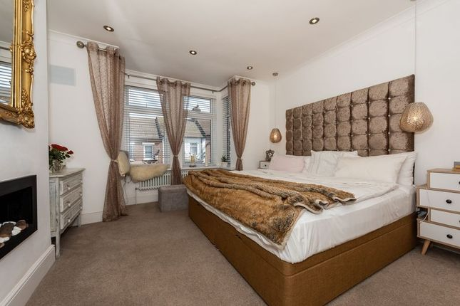 Photo 4 of Russell Rise, Luton LU1