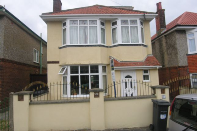 Thumbnail Property to rent in Lystra Road, Bournemouth