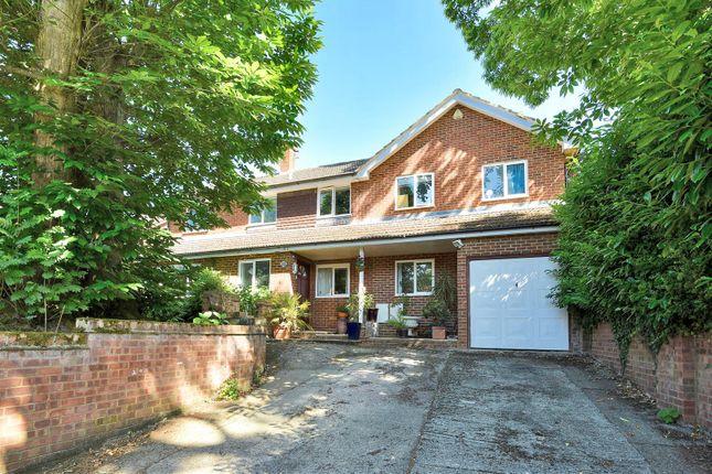 Thumbnail Detached house for sale in Harts Leap Road, Sandhurst, Berkshire, 8Ew.