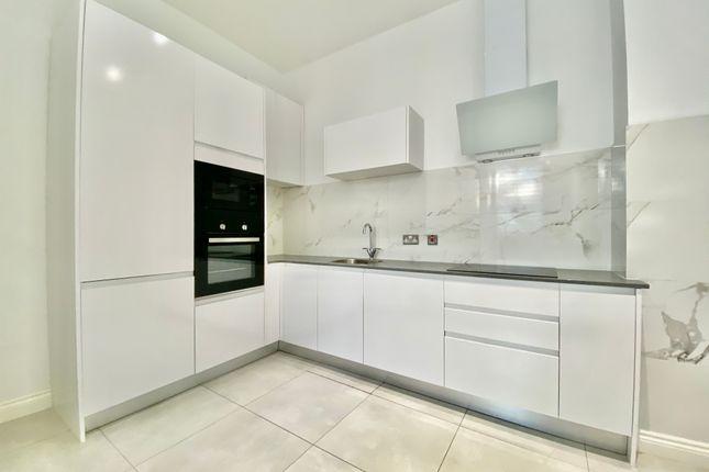 Thumbnail Flat to rent in Well Street, Bradford