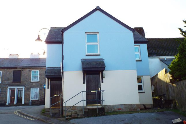 2 bed property to rent in Calver Close, Penryn TR10