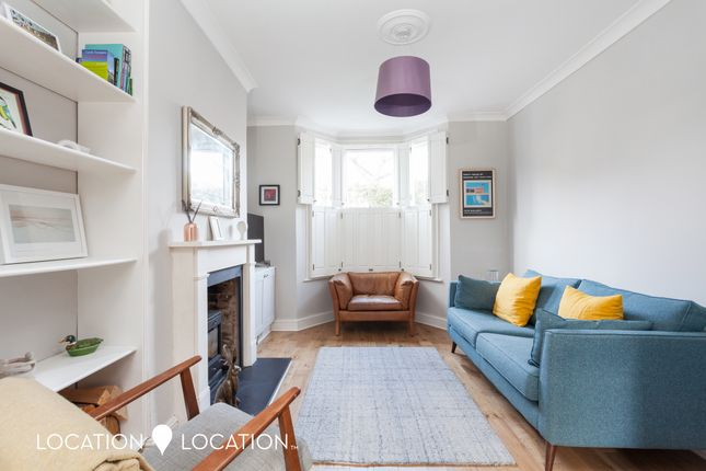 Thumbnail Terraced house to rent in Craven Park Road, London