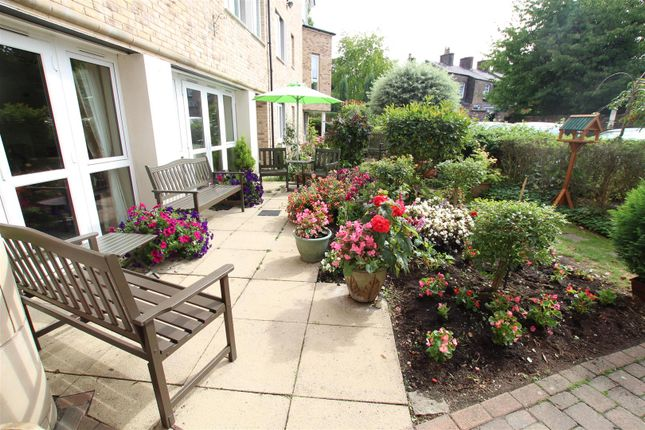 Thumbnail Flat for sale in 226 Vale Road, Woolton, Liverpool