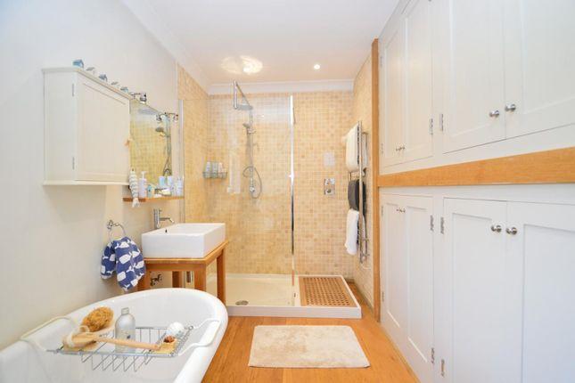 Family Bathroom of New Road, Wootton Bridge, Ryde PO33