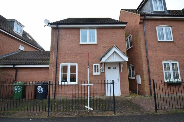 Thumbnail Property to rent in Vale Drive, Hampton Vale, Peterborough