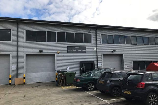 Thumbnail Warehouse to let in Unit 2, Oyster Park, Byfleet, Surrey