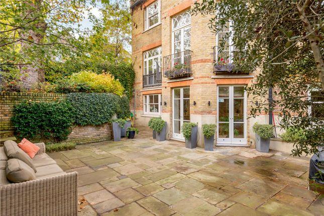 Garden of Maxwell Road, London SW6