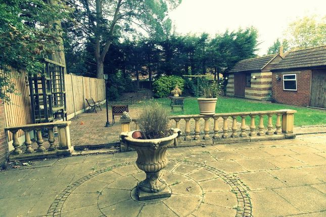 Garden of Long Lane, Uxbridge UB10