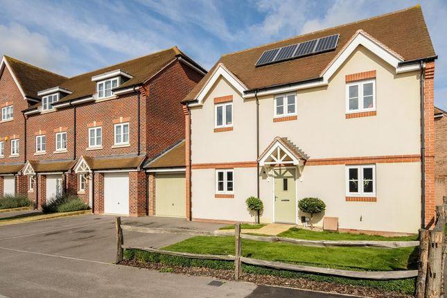 Thumbnail Detached house to rent in Jennetts Park, Bracknell