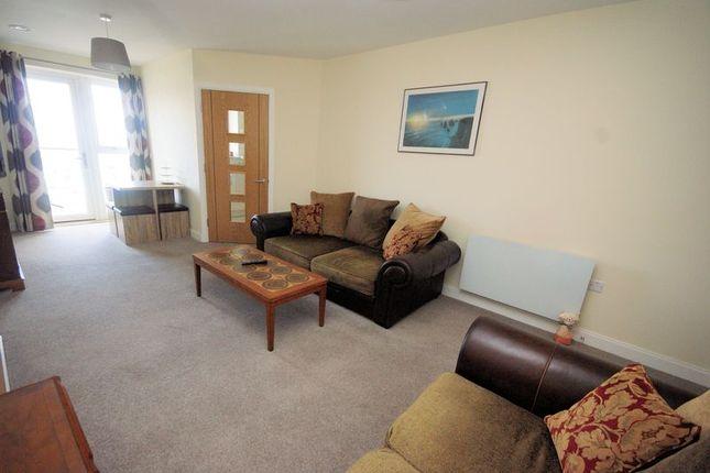 Lounge of Harbour Road, Gosport PO12